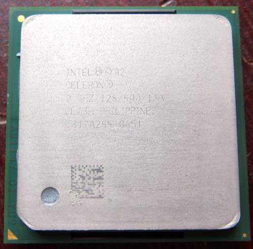Socket478_Celeron_Northwood-128_1