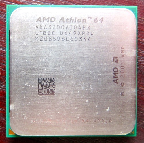 Socket754_Athlon64_1